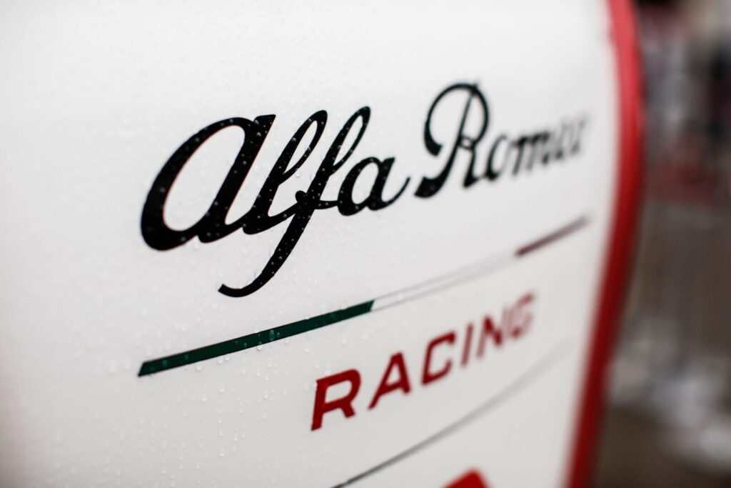 Alfa Romeo przedłuża kontrakt z Sauberem na 2021 rok