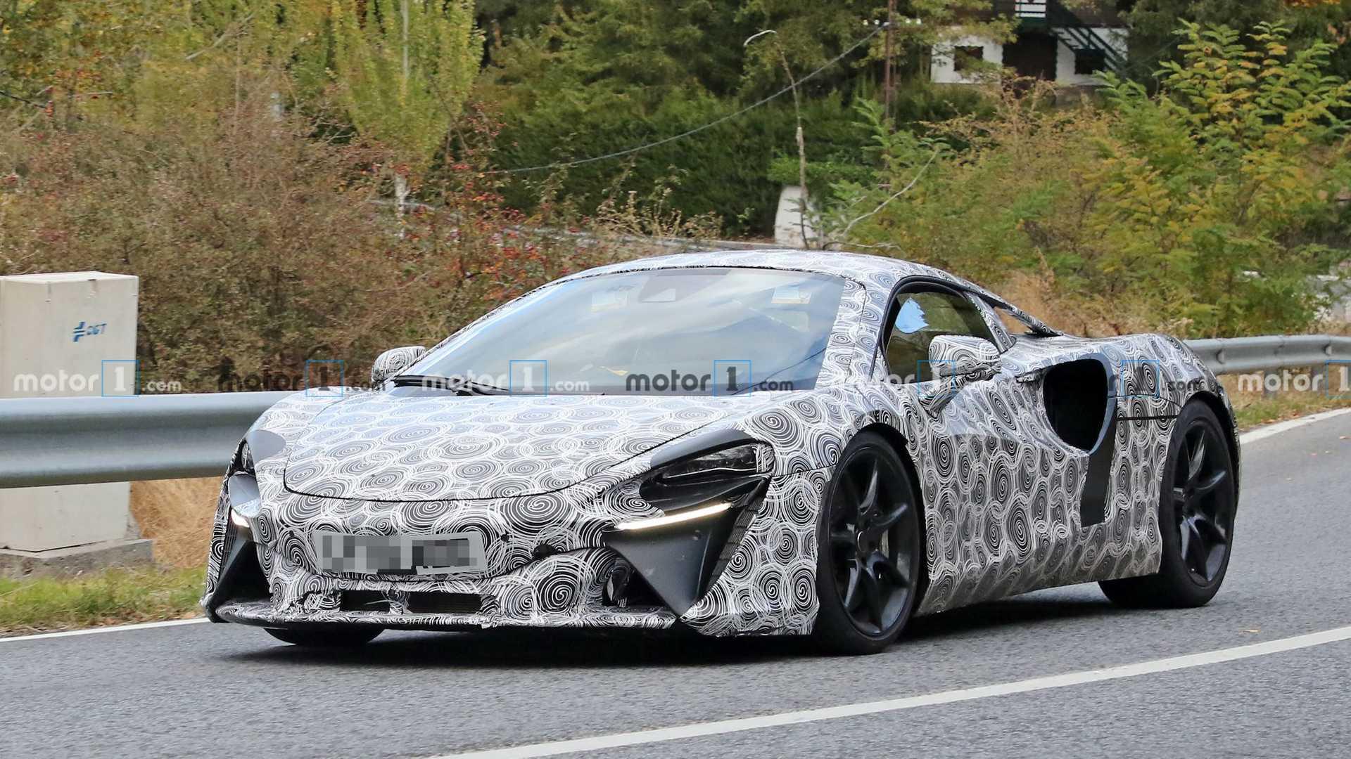 McLaren Hybrid 2021
