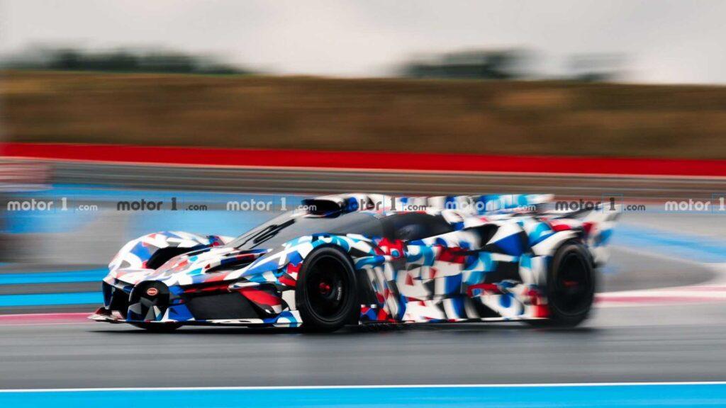 Bugatti przyłapane na testach zakamuflowanego, torowego monstrum!
