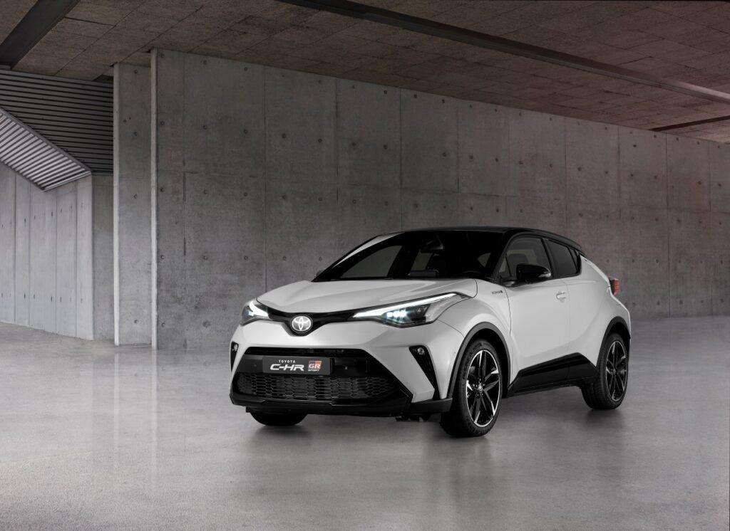 Toyota C-HR GR Sport – sportowe oblicze japońskiego crossovera