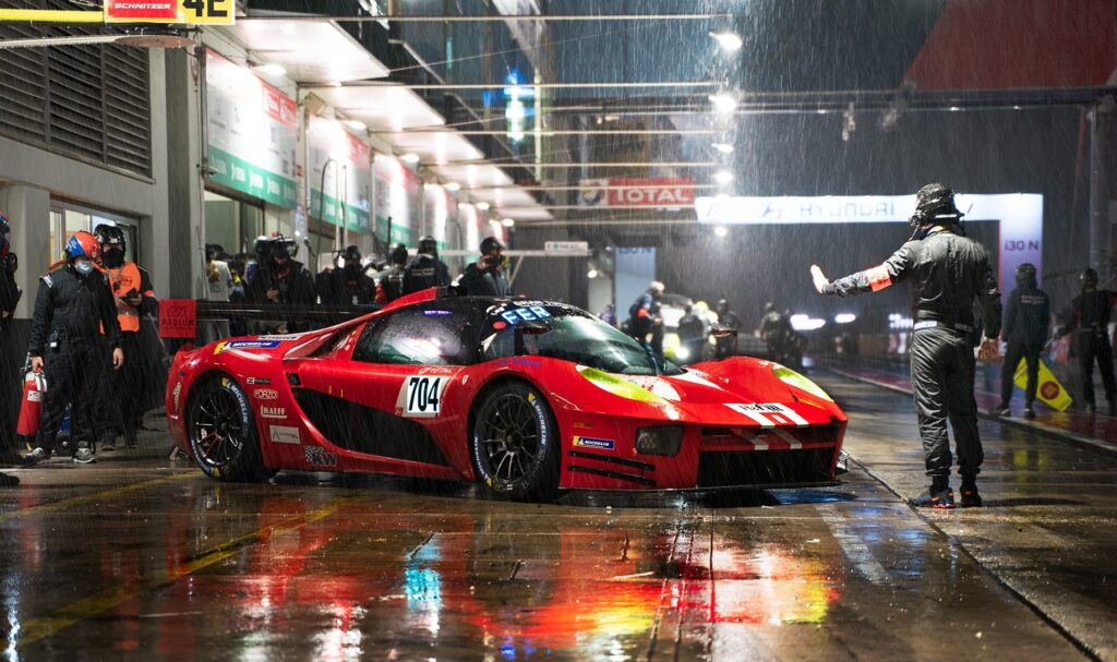 Glickenhaus reklamuje swój samochód zespołom zainteresowanym DTM