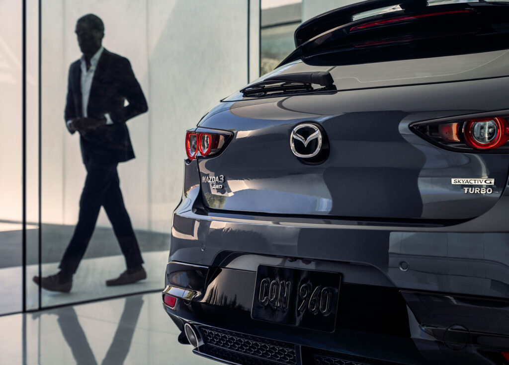 Mazda3 Turbo nową siłą rynku hot-hatchy? Setka w mniej niż 6 sekund!