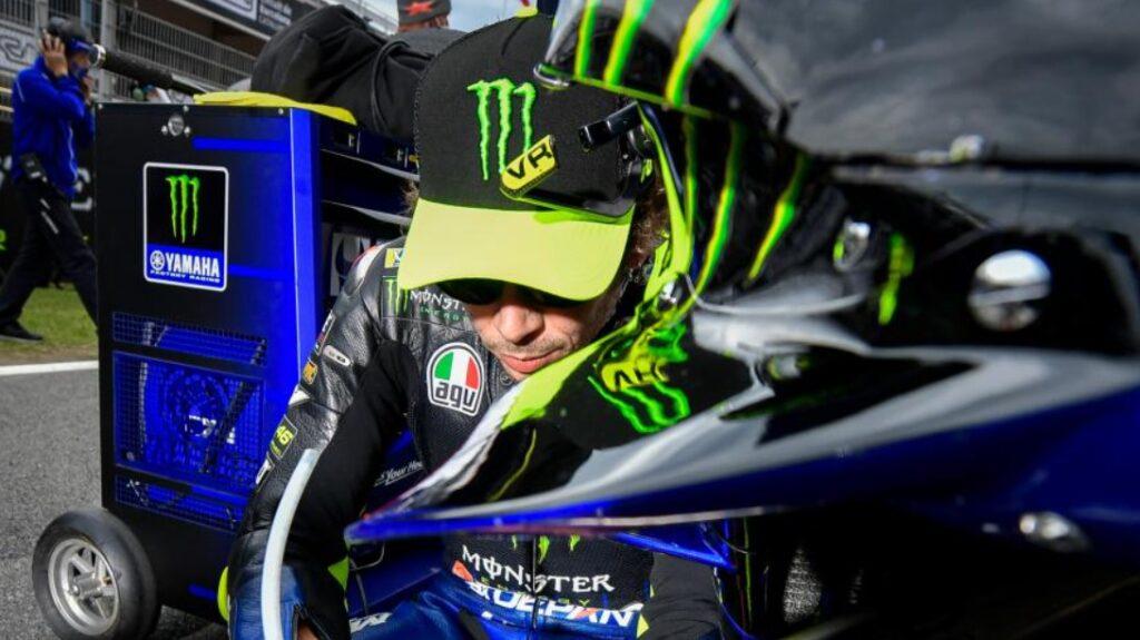 Rossi nie pojedzie w Walencji? Włoch nadal zarażony koronawirusem