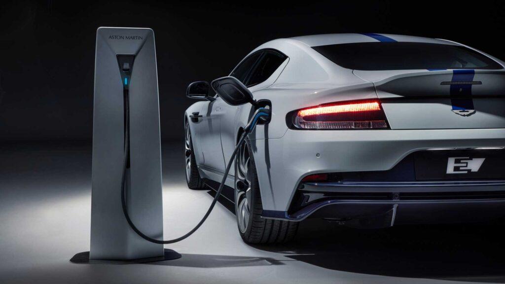 Aston Martin planuje budowę elektryka wraz z Mercedesem