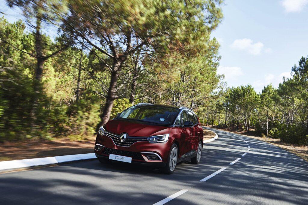 Odświeżony Renault Grand Scenic już dostępny do zamówienia w Polsce