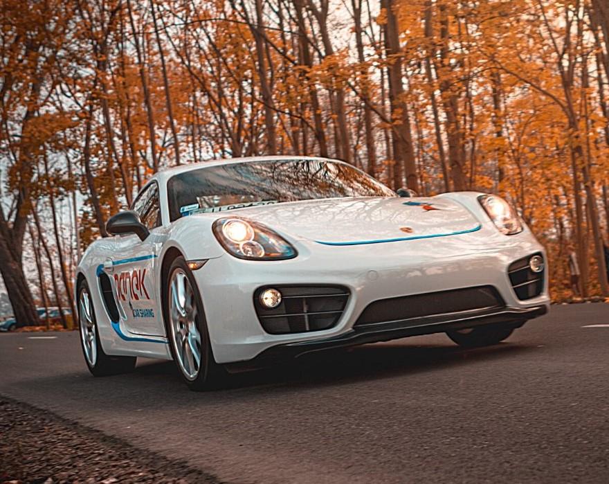Porsche Cayman w ofercie popularnego carsharingu wytrzymało 12 godzin