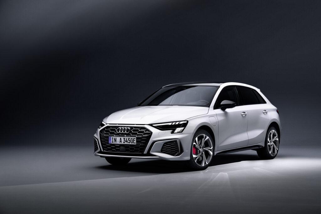 Audi A3 Sportback 45 TFSI e – rodzeństwo CUPRA Leona, Golfa GTE i Octavi RS iV