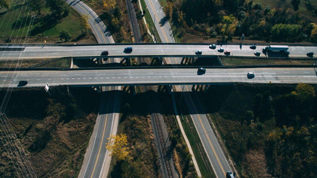 Co warto wiedzieć na temat zarządzania flotą pojazdów?