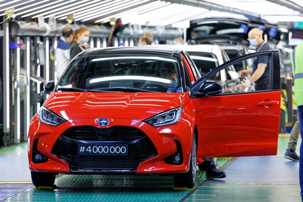 Toyota wstrzymuje produkcję w Wielkiej Brytanii oraz Francji z powodu nowego szczepu koronawirusa