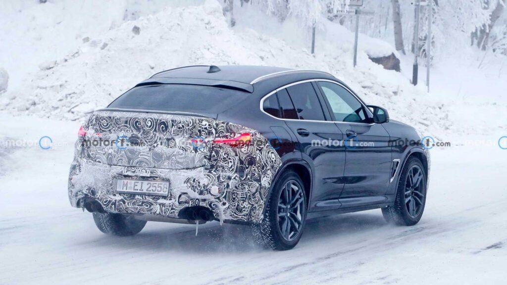 BMW X4 M po liftingu zauważone podczas zimowych testów