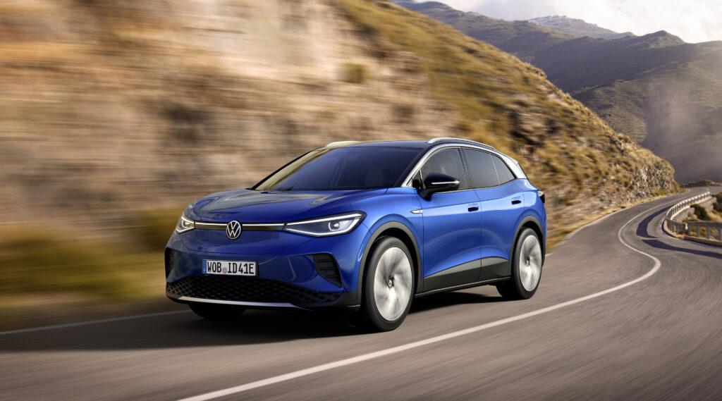 Zima nie dla elektryków? Volkswagen zdradza, jak radzi sobie z nią ID.4
