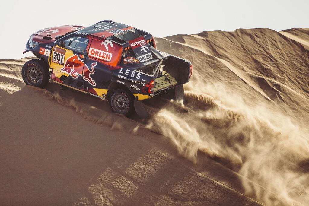 Przygoński piąty po drugim etapie Rajdu Dakar, Domżała wiceliderem SSV