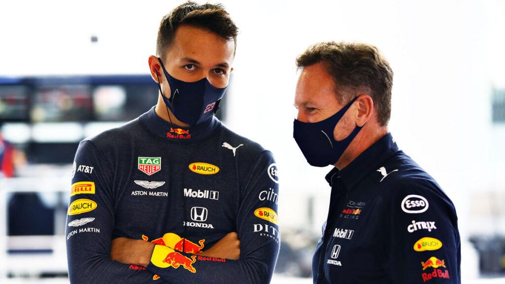 Alex Albon będzie ścigał się za kierownicą Ferrari?