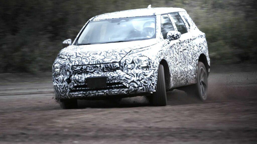 Nowe Mitsubishi Outlander testowane w ekstremalnych warunkach
