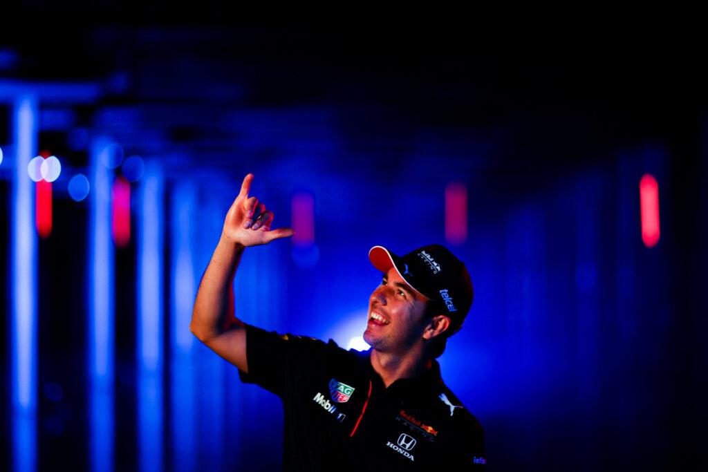 """Sergio Perez: """"Nasz bolid na 2021 ma naprawdę spory potencjał"""""""