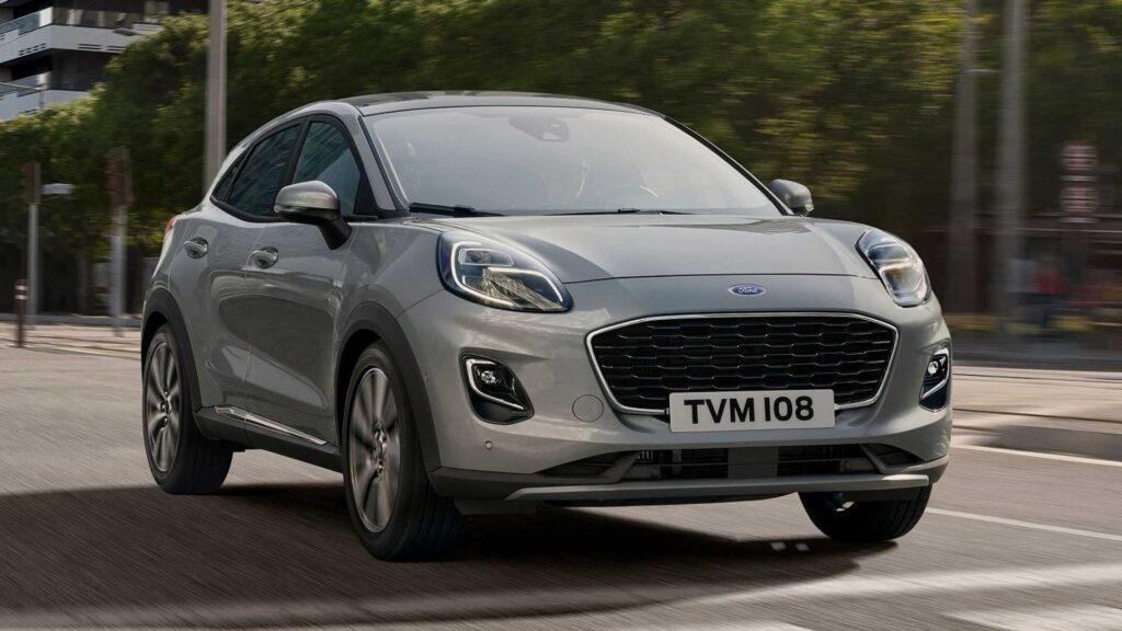 Hybrydowe odmiany Forda Puma oraz Fiesta od teraz z automatyczną przekładnią
