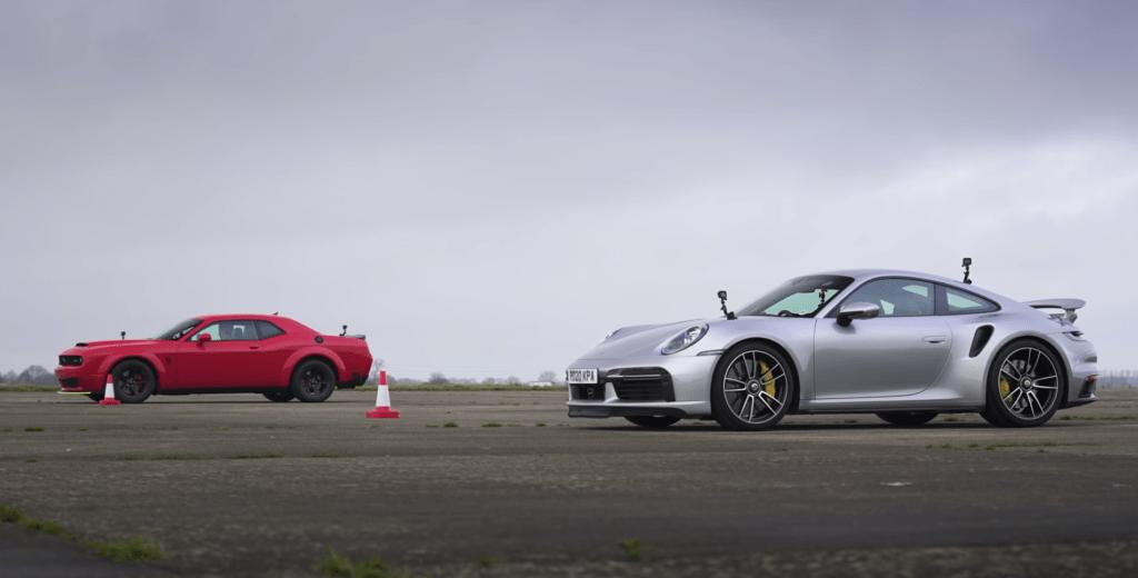 Dodge Demon podejmuje Porsche 911 Turbo S w wyścigu na 1/4 mili