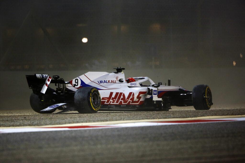 Nikita Mazepin wściekły na siebie po fatalnym starcie do GP Bahrajnu