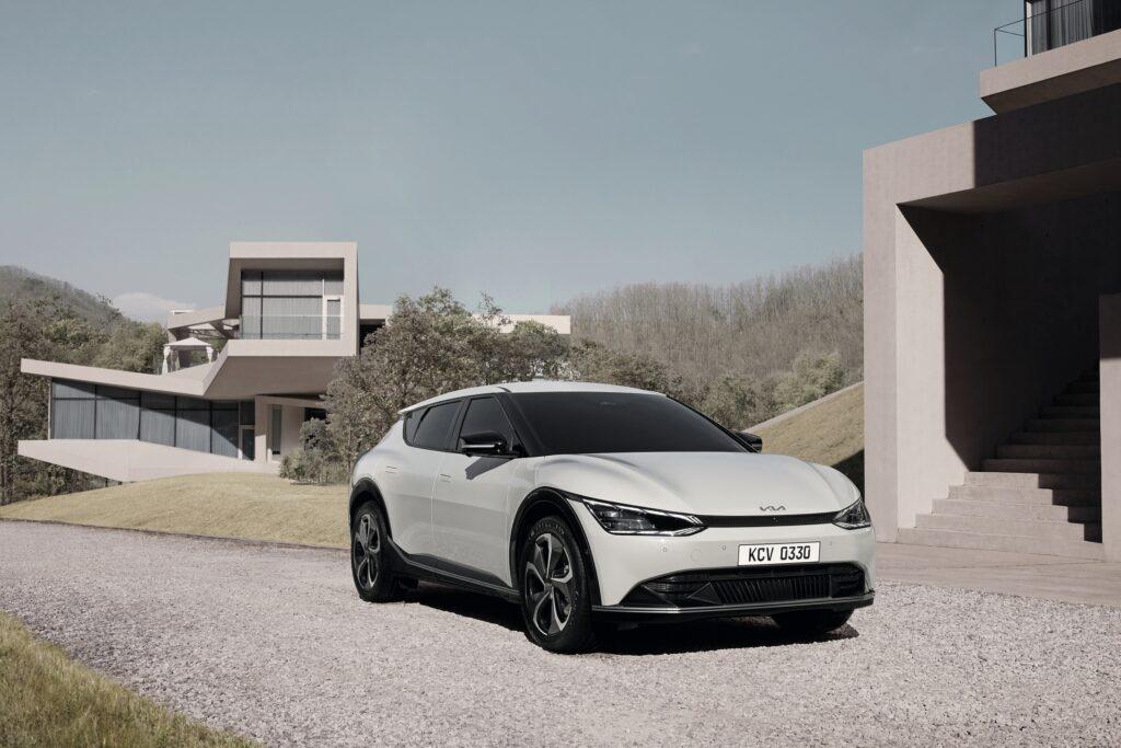 Kia prezentuje nowe zdjęcia elektrycznego modelu EV6