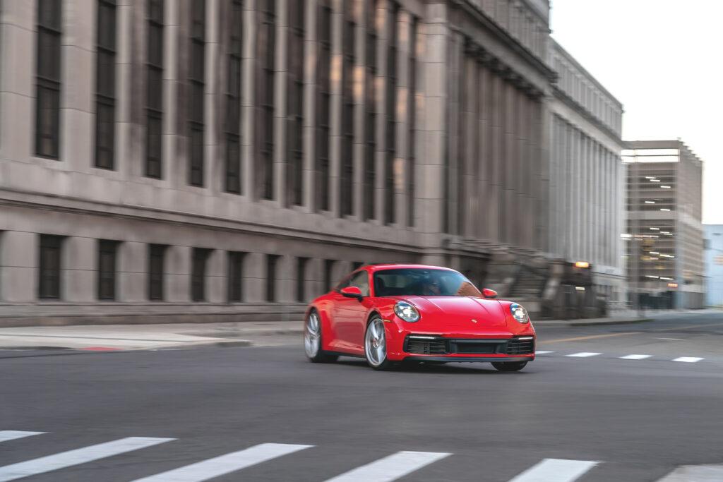 Porsche zapowiada, że 911 jako ostatnie w gamie otrzyma napęd elektryczny