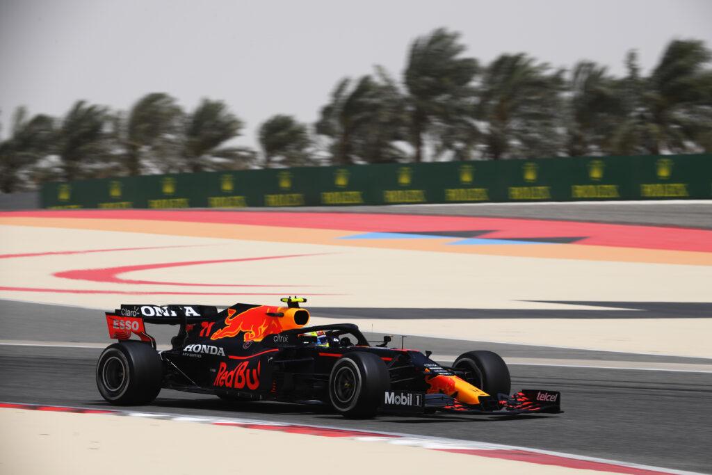 Red Bull Racing zdominował  piątkowe treningi przed GP Bahrajnu
