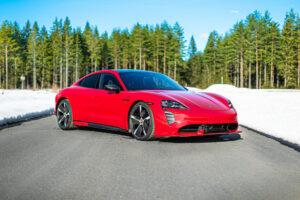 Porsche Taycan Turbo S wygląda agresywniej dzięki Zyrus Engineering