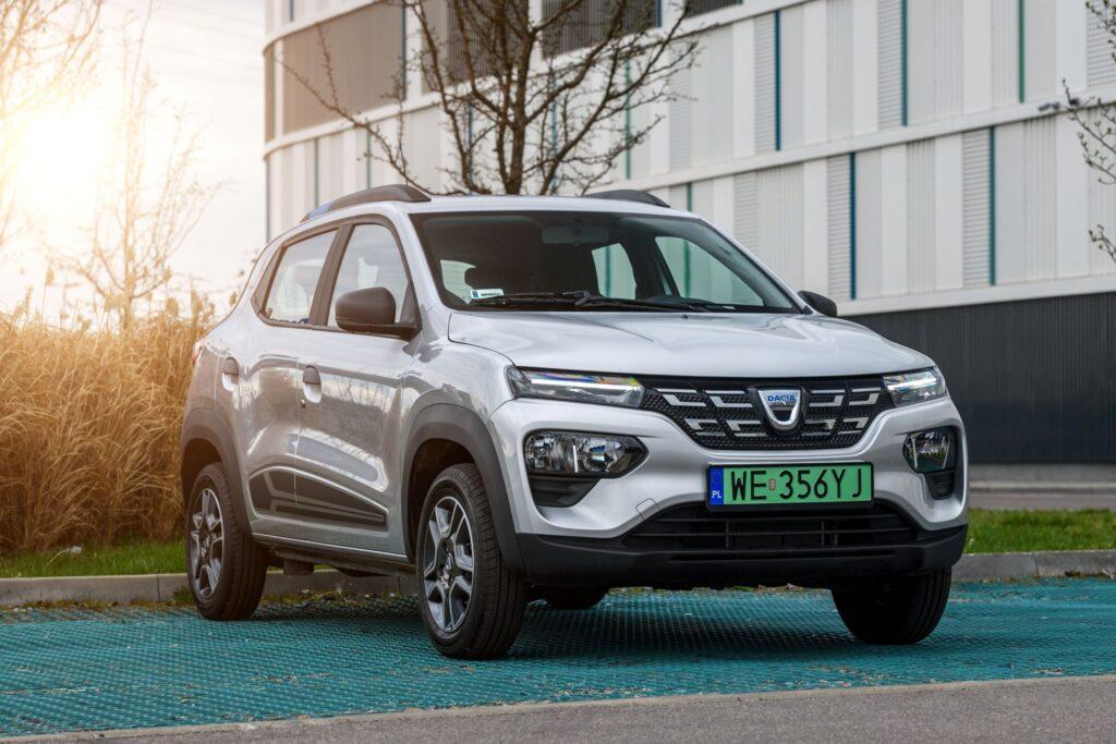 Nowa Dacia Spring dołącza do floty Traficar i wyjeżdża na ulice Warszawy