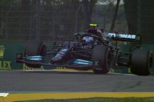 Valtteri Bottas najszybszy w piątkowych treningach na torze Imola
