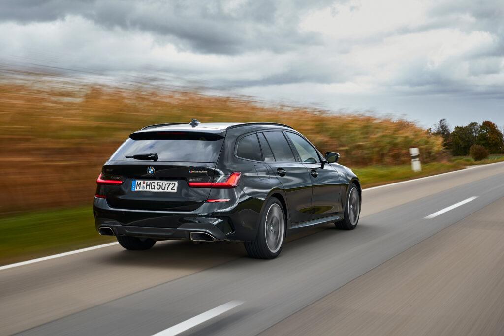 BMW M3 Touring zadebiutuje dopiero za jakiś czas, jednak czy warto czekać, gdy na rynku jest M340i?