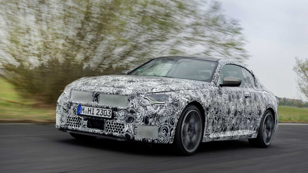 Zakamuflowane BMW serii 2 oficjalnie pokazane – nadchodzą spore zmiany