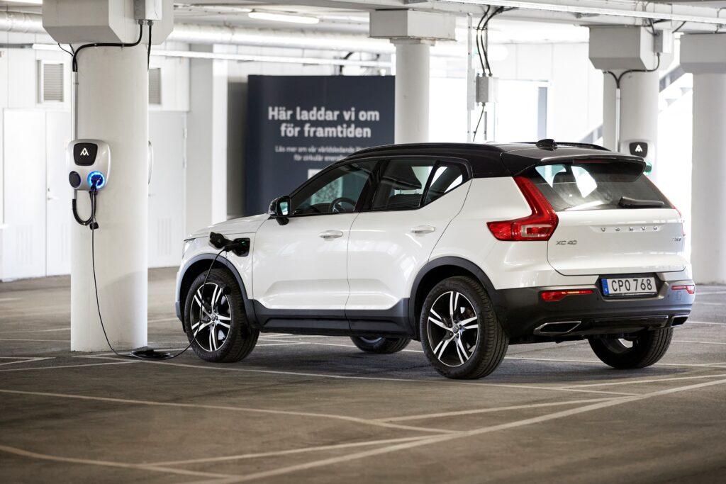Volvo zanotowało niemal 100% wzrost sprzedaży w kwietniu 2021 roku względem kwietnia 2020 roku