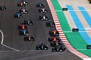 Lewis Hamilton pewnie wygrywa Grand Prix Portugalii