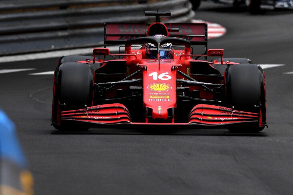 Charles Leclerc rozbija bolid i wygrywa kwalifikacje do Grand Prix Monako