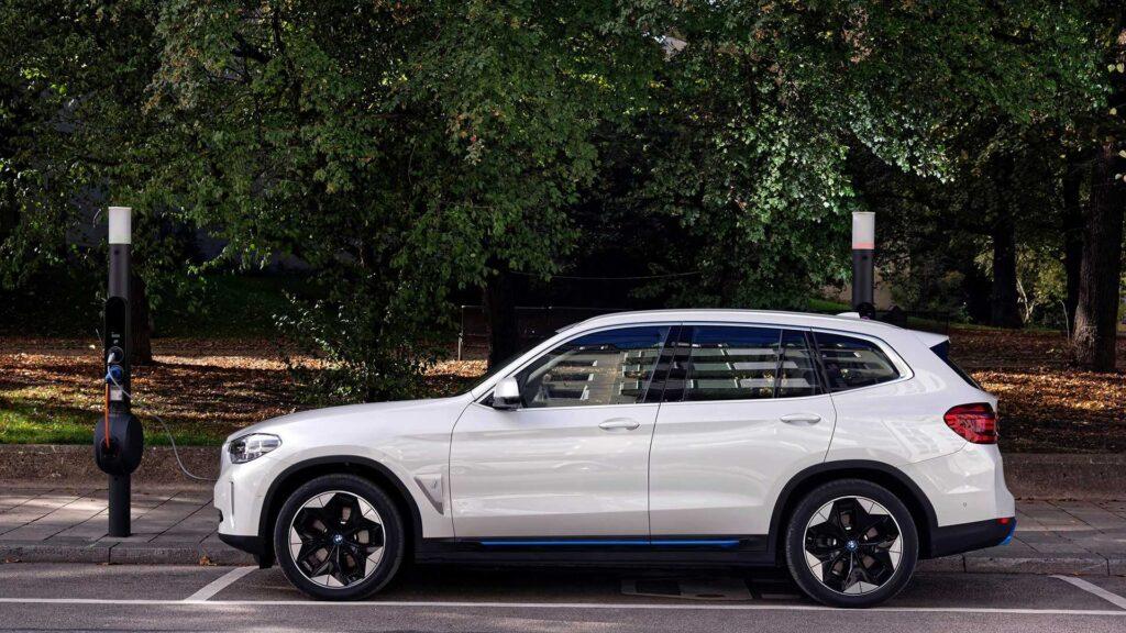 BMW porzuci połowę swoich odmian silnikowych do 2025 roku. Pozostaną tylko najpopularniejsze wersje