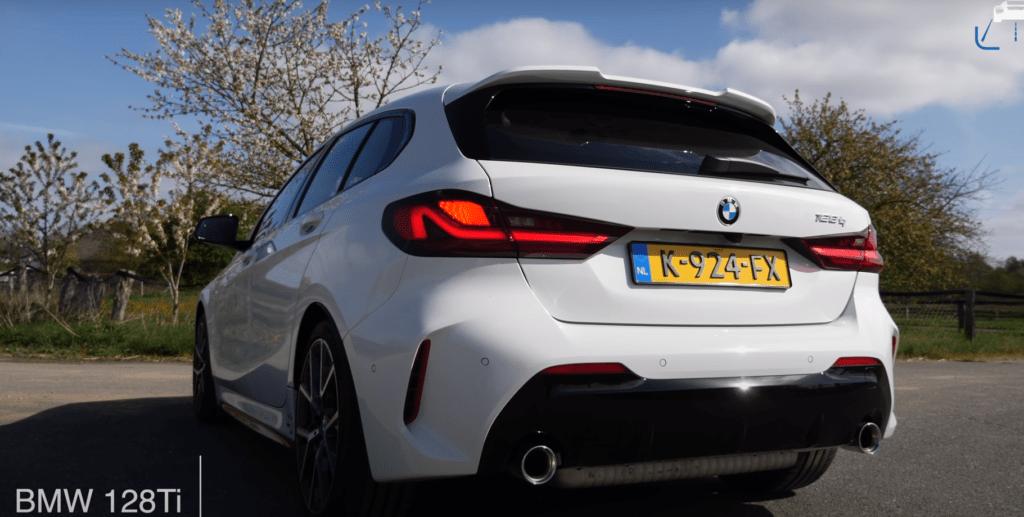 BMW 128ti pokazuje, że także na autostradzie radzi sobie bardzo dobrze