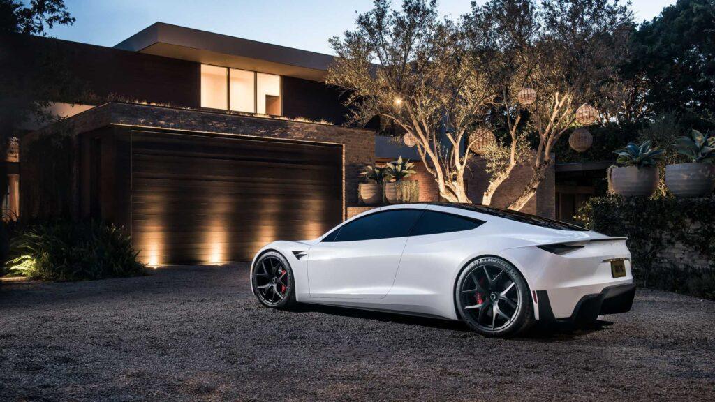 Tesla Roadster według słów Elona Muska osiągnie 60 mil na godzinę w czasie 1,1 sekundy