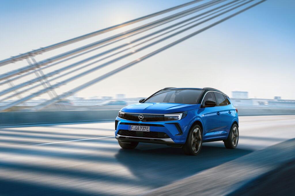 Niemcy odsłaniają karty – oto  nowy Opel Grandland