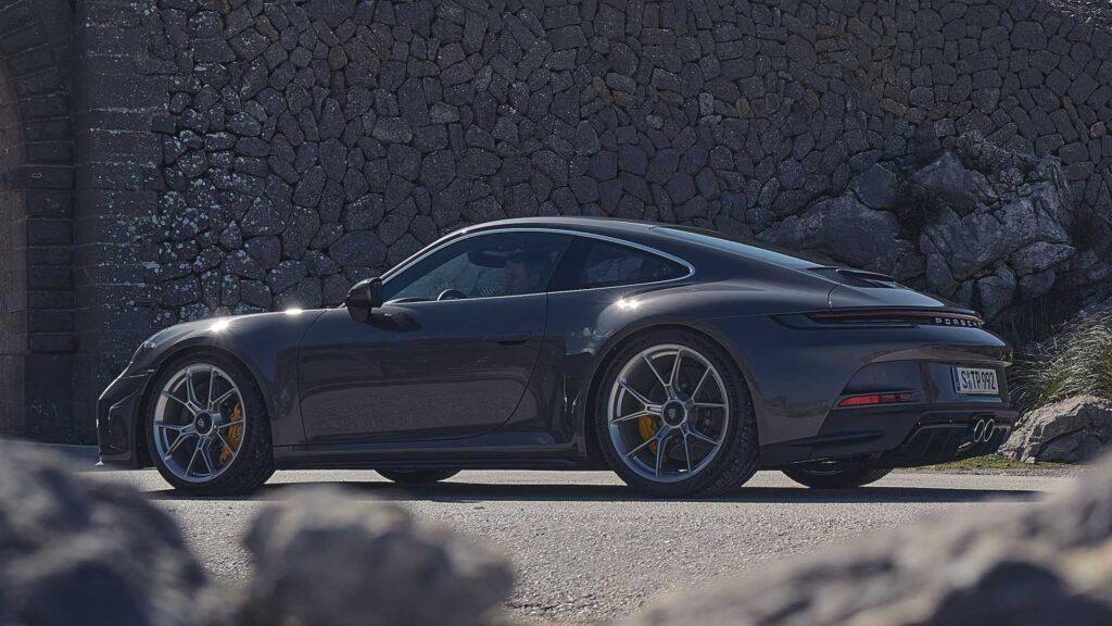 Porsche 911 GT3 Touring powraca w generacji 992 w opcji z PDK