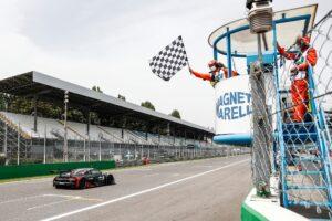 Kelvin van der Linde wygrywa wyścig DTM na Monzy w swoje urodziny