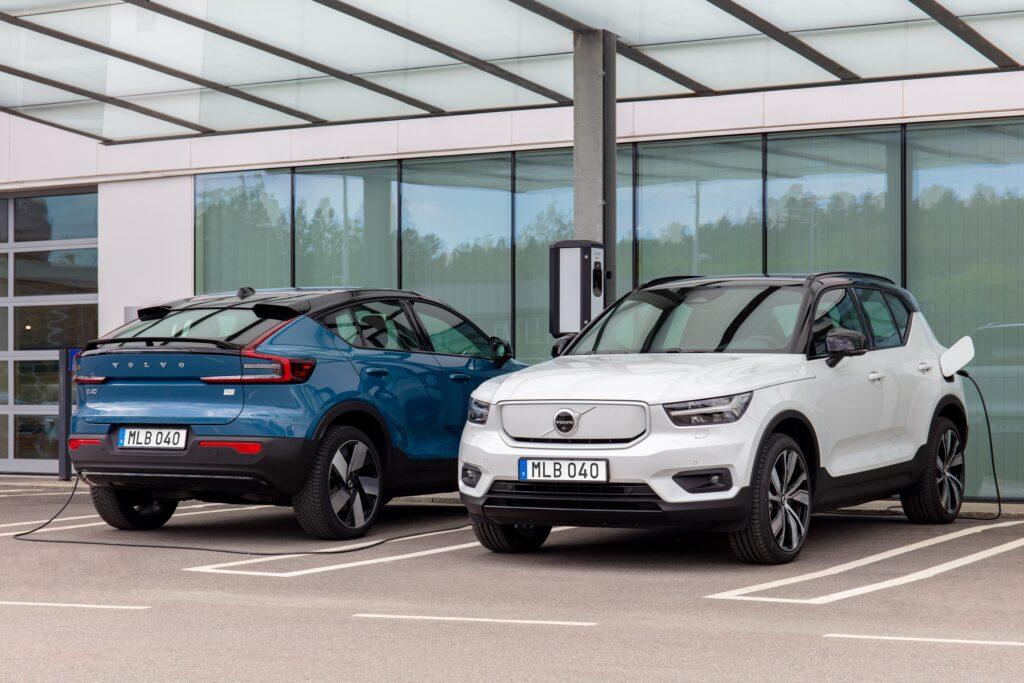 Volvo skusi do zakupu modeli elektrycznych przez niższe ceny ładowania