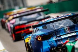 Liam Lawson w Ferrari wygrywa sobotni wyścig DTM na torze Monza!