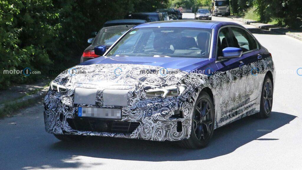 Elektryczne BMW serii 3 przyłapane z mniejszą ilością kamuflażu