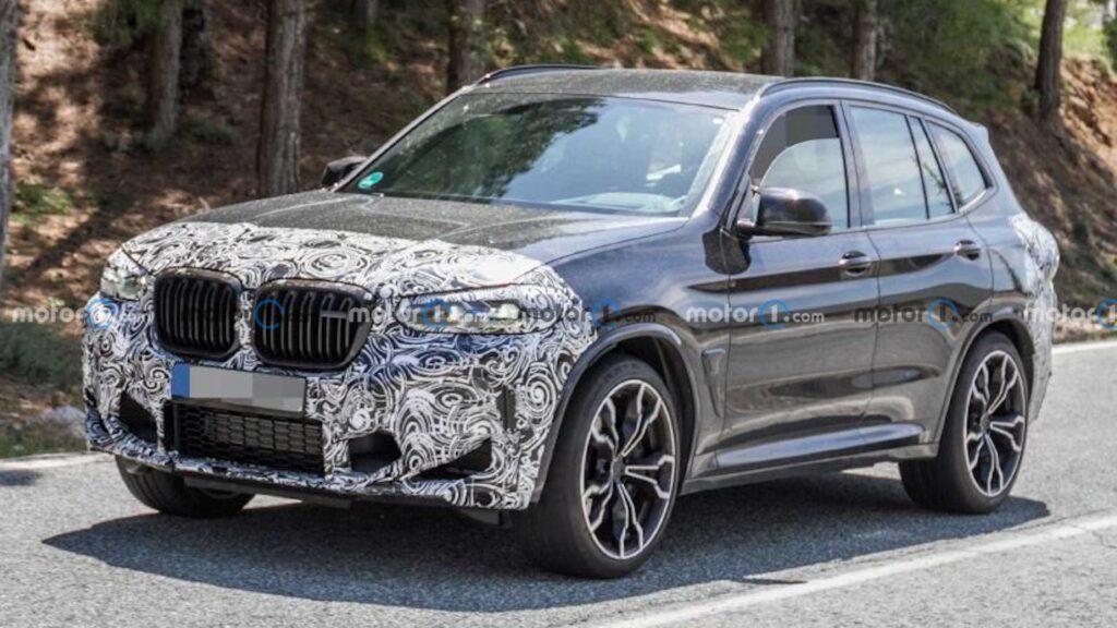 BMW X3 M po liftingu zauważone podczas testów na ulicach
