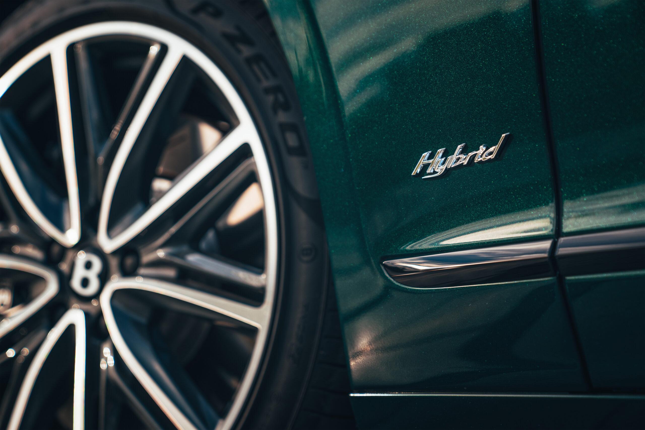 Hybrydowy Bentley Flying Spur