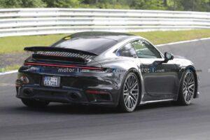 Hybrydowe Porsche 911 zauważone podczas testów na Nurburgringu