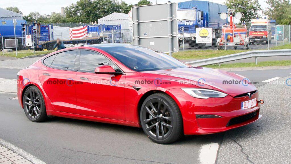 Tesla Model S Plaid zauważona na torze Nürburgring – będzie nowy rekord?