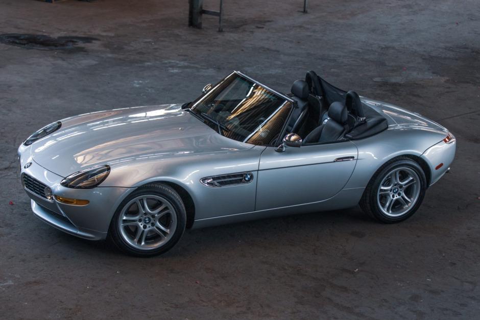 BMW Z8 z wyjątkowo małym przebiegiem osiąga zawrotną cenę