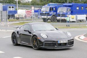 Nowe Porsche 911 Turbo Hybrid przyłapane na Nurburgringu