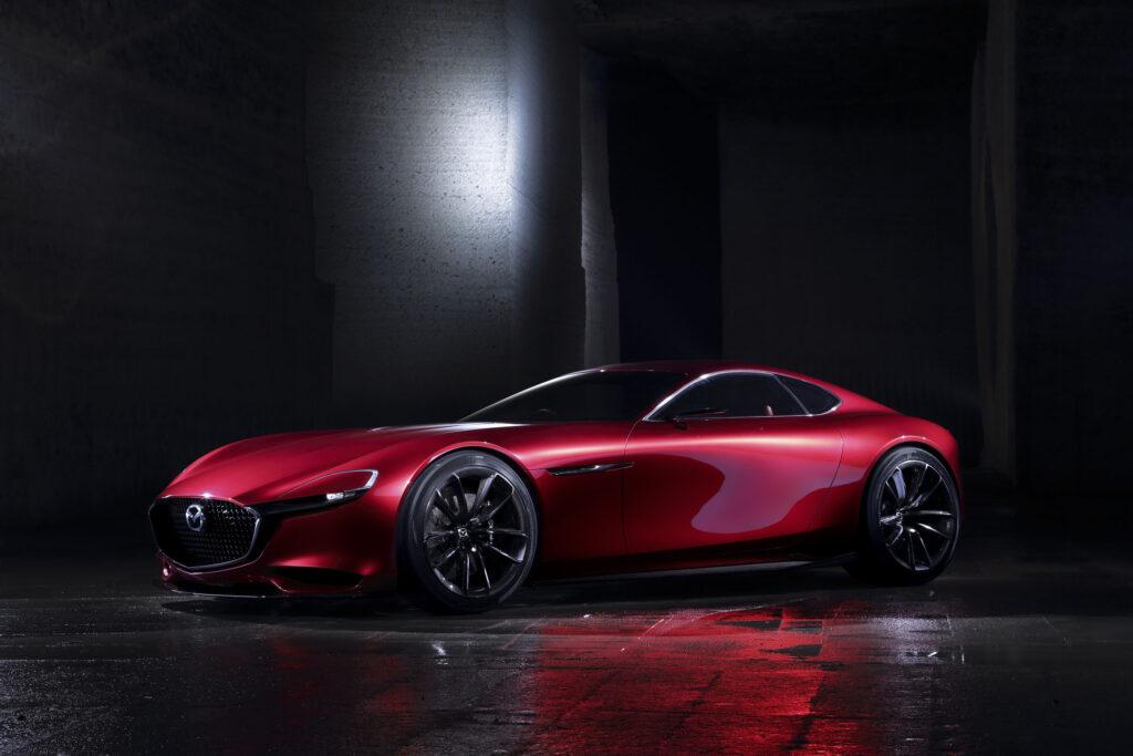 Mazda z patentami na samochód sportowy mogący wskrzesić serię RX