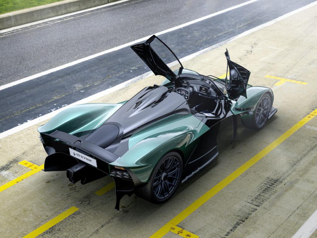 Aston Martin Valkyrie wreszcie doczekał się limitowanej wersji Spider